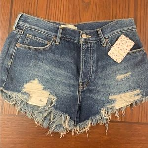 New Free People denim jean shorts sz 27 ripped